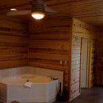 Sugar Suite Cabin 1 Jet Jacuzzi Tub