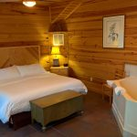 Sugar Suite Cabin 1 King Bed and Jet Tub