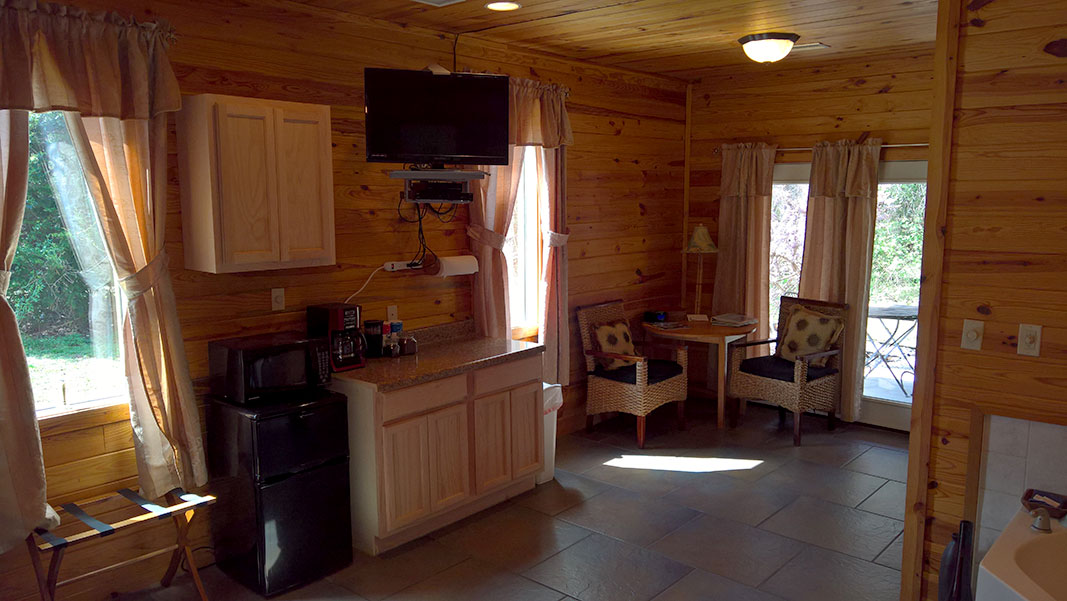 Sugar Suite Cabin 2 Kitchenette to Dining